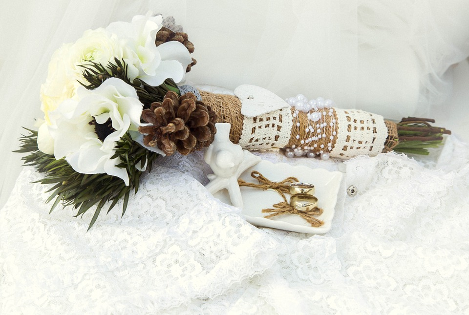 Wedding bouquet with seasonal accents