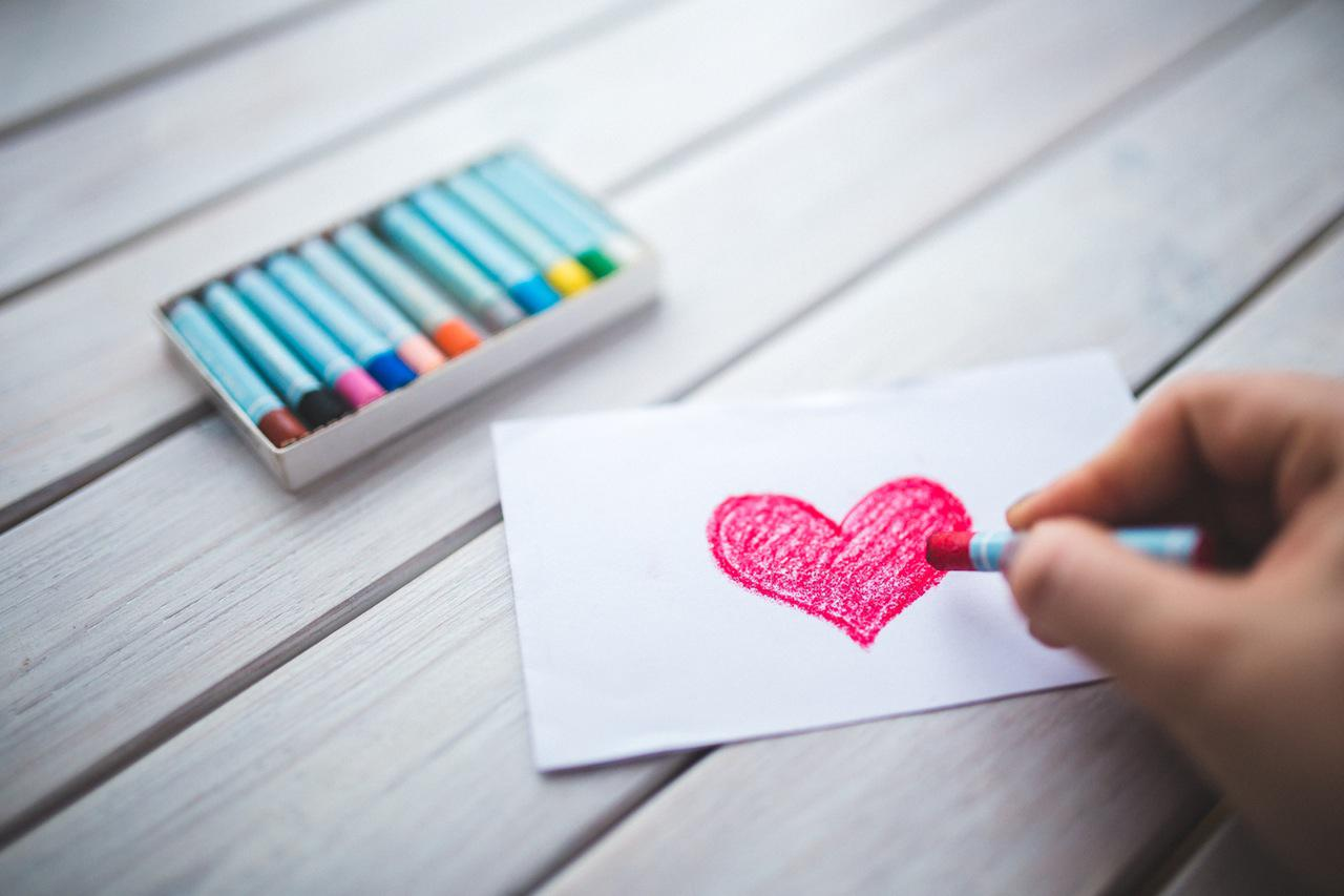 drawing-heart-closeup